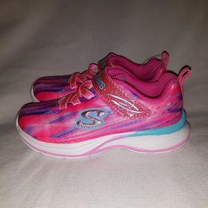 Girls Skechers Dream Runner tennis shoes